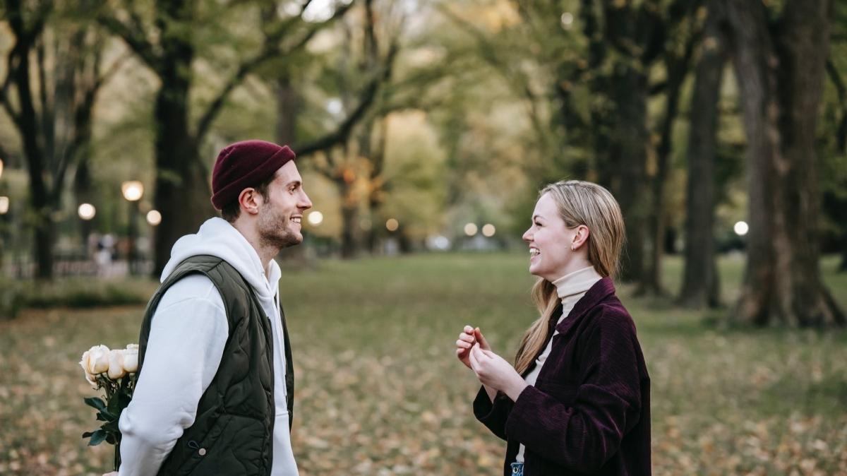 Hoşlanma belirtisi olan 5 davranış şekli
