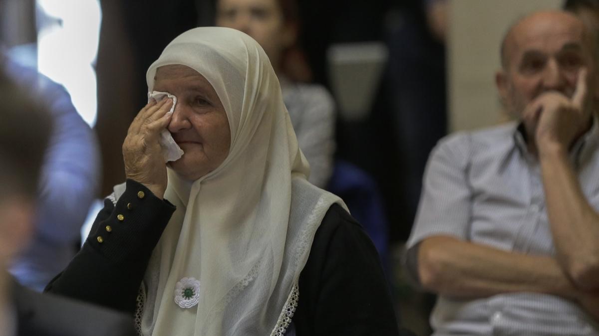 """Son dakika haberi: """"Bosna Kasabı"""" ömür boyu hapse mahkum edildi"""