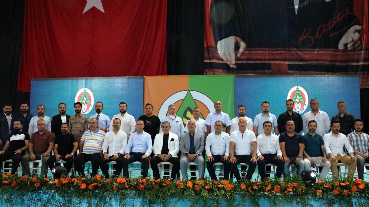 Hasan Çavuşoğlu, yeniden Alanyaspor'un başkanı seçildi