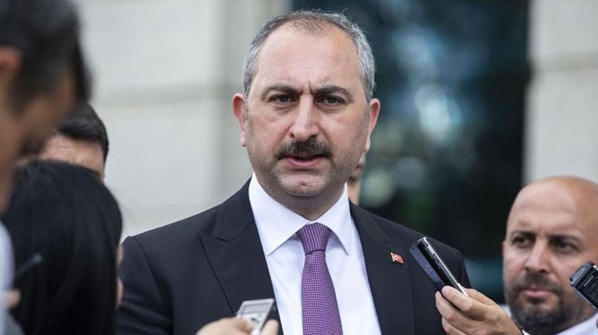 """Adalet Bakanı Gül Sinop AK Parti İl Başkanlığı'nı ziyaret etti: """"Biz statükonun değil milletin ve değişimin partisiyiz"""""""