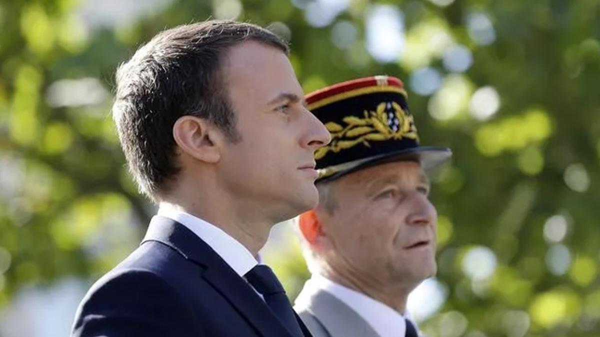 Fransa'da Genelkurmay Başkanı Lecointre, görevi bırakıyor