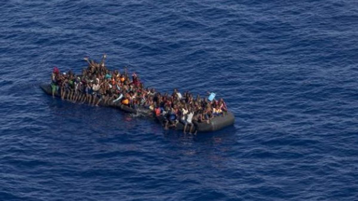 Libya'da son 48 saatte 1000'den fazla düzensiz göçmenin yolu kesildi