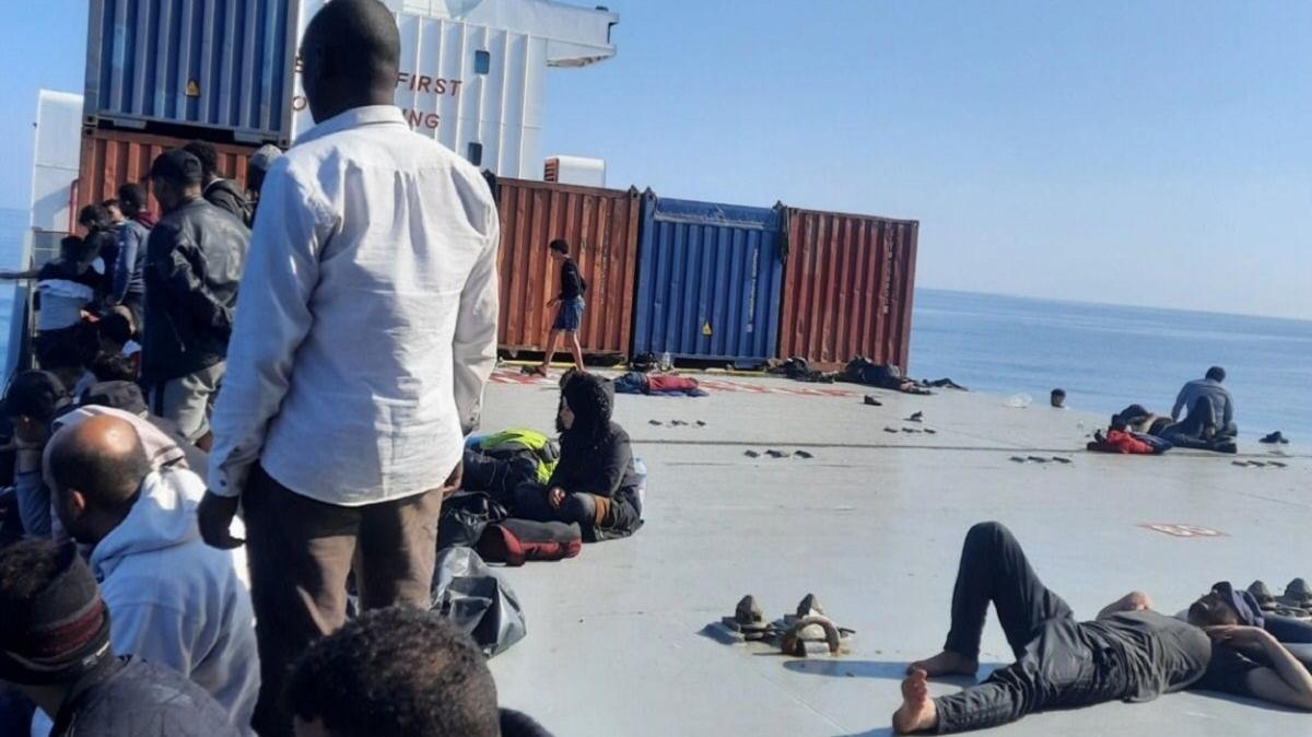 Türk kaptan 97 mülteciyi kurtardı