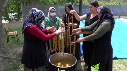 Yapımı zor fiyatı pahalı! Artvinli kadınlardan pestil ve köme tarifi