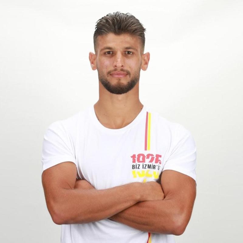 Göztepe yeni sezonun ilk transferini Kahraman Demirtaş ile yaptı