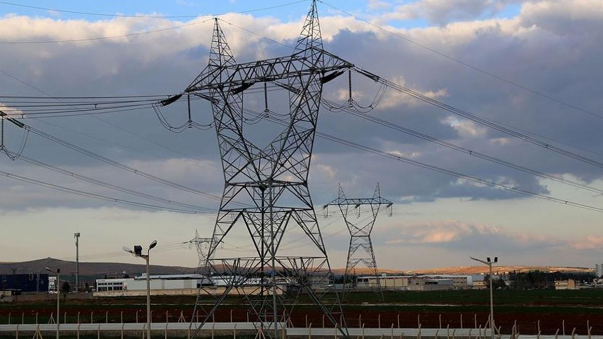 Enerji ve Tabii Kaynaklar Bakanı Fatih Dönmez: Elektrik üretiminde talebin üzerine çıktık
