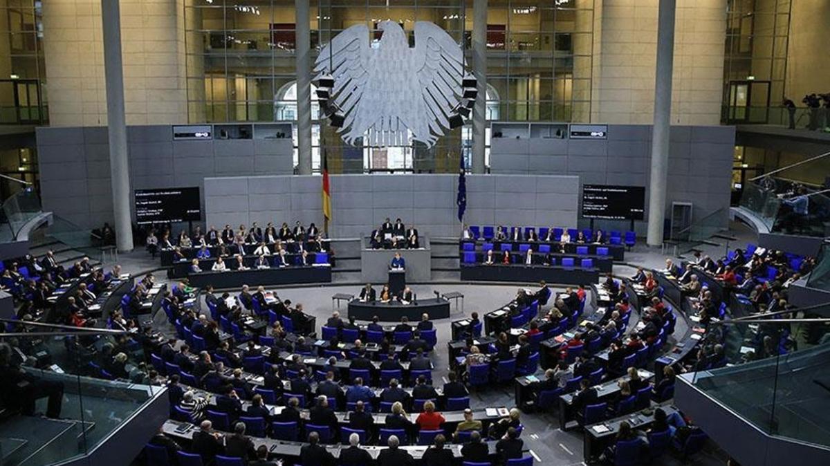 Almanya'dan Hamas kararı... Bayrak yasaklandı