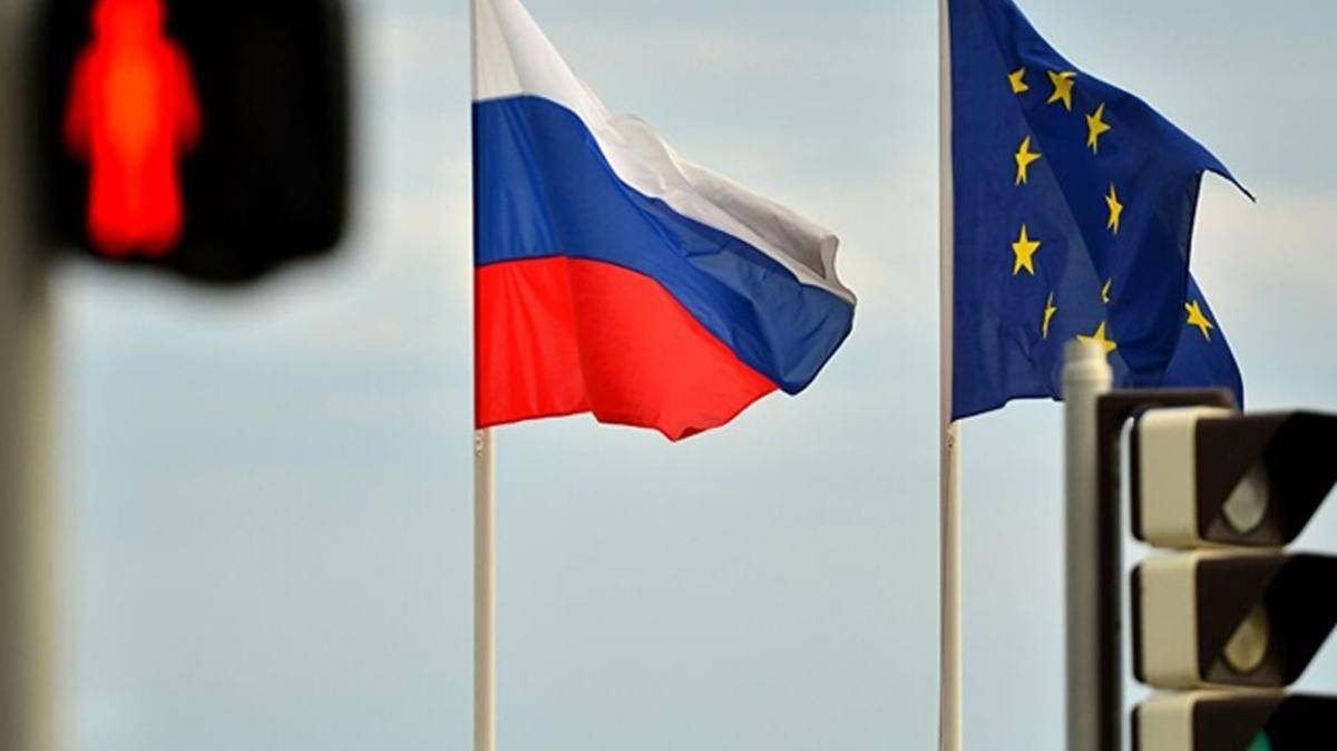 AB, Rusya'ya yaptırımları bir yıl uzatma kararı aldı