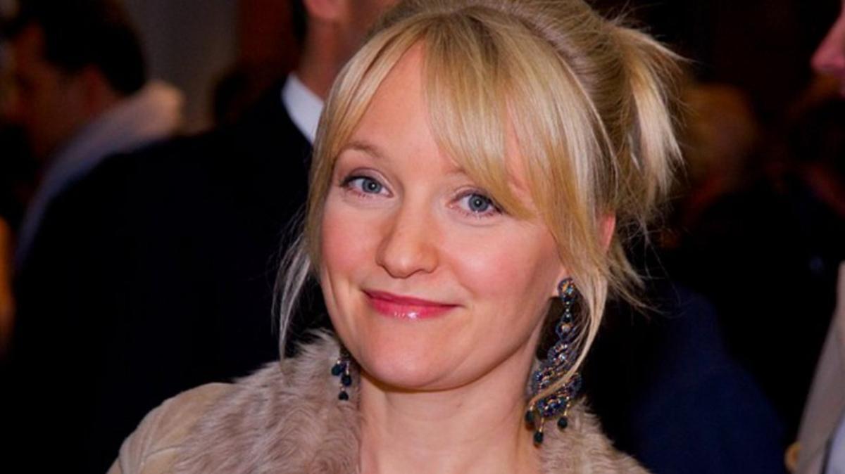 Oyuncu Eva Herzig aşı olmadığı için rol aldığı diziden kovuldu