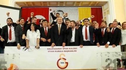 Galatasaray'da futbolun başına o isim geçiyor