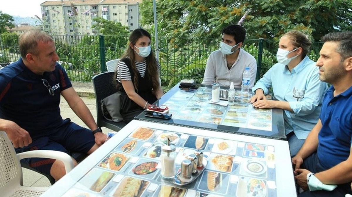 Abdullah Avcı'dan Mustafa Reşit Akçay'ın ailesine ziyaret