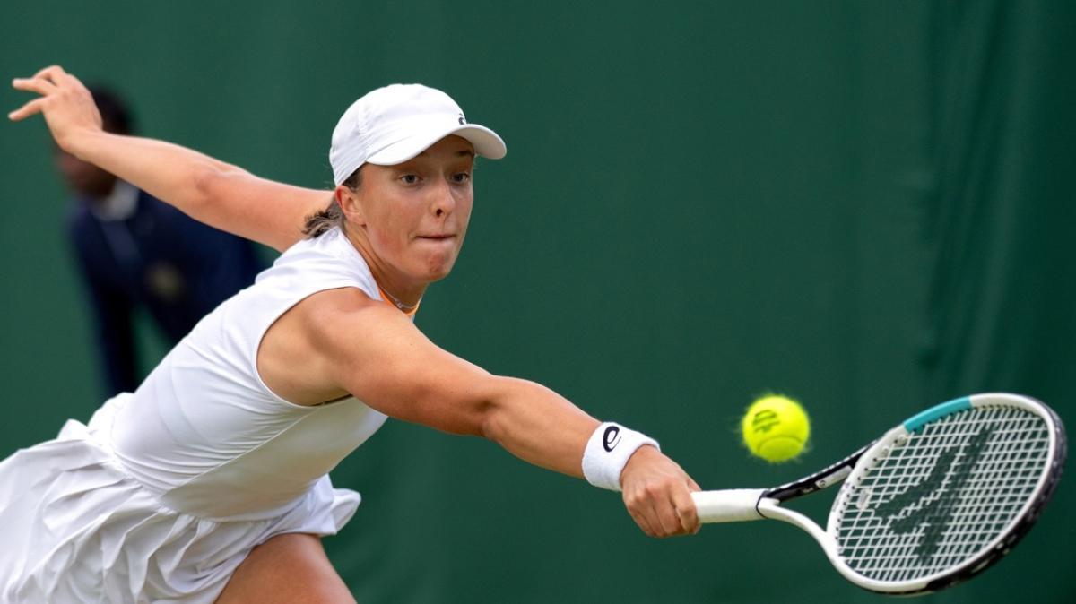 Roland Garros şampiyonu Iga Swiatek'ten Wimbledon'a erken veda