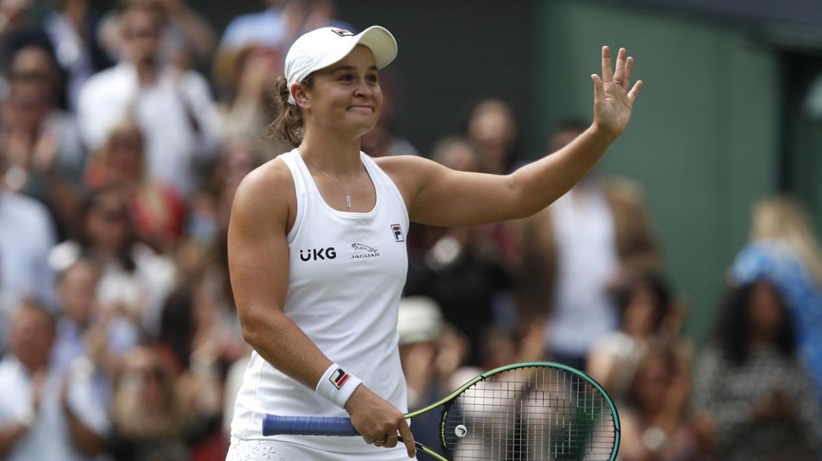 Wimbledon'da final biletini kapan ilk isim Ashleigh Barty