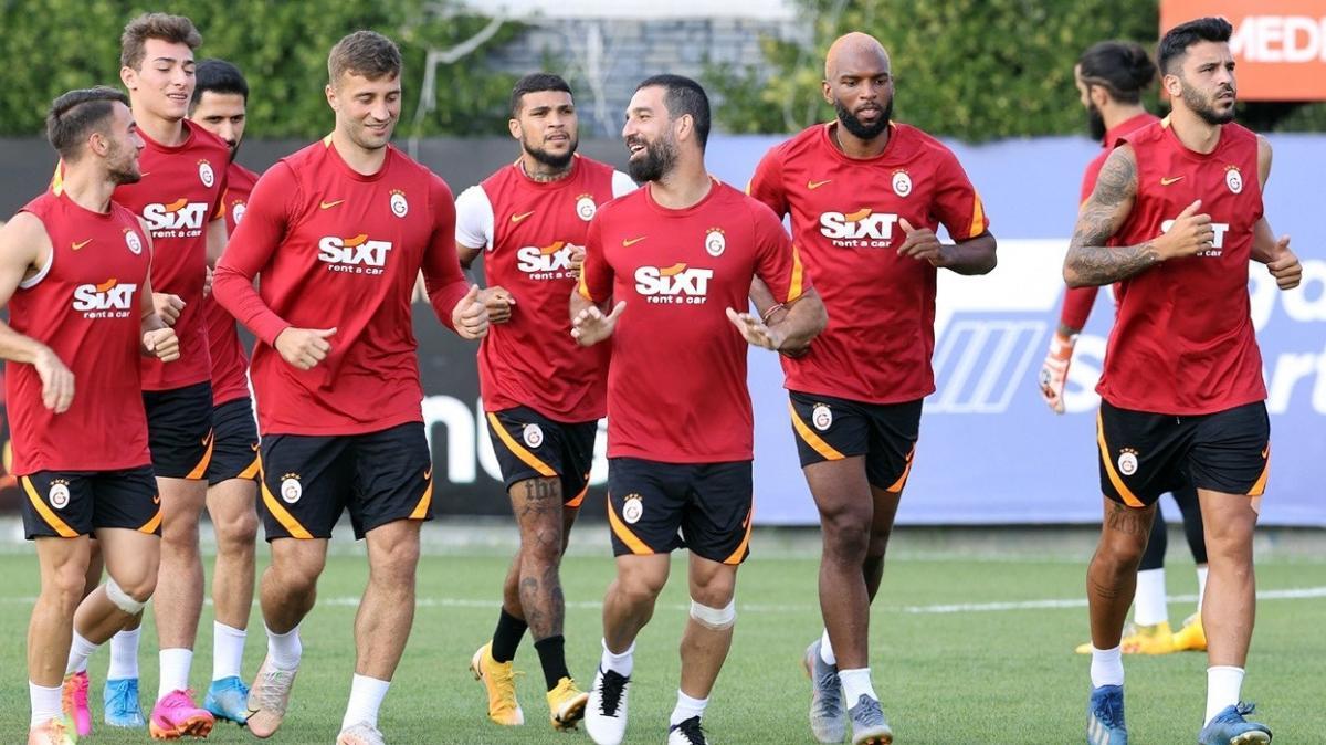 Galatasaray hazırlık maçında Kasımpaşa ile karşılaşıyor