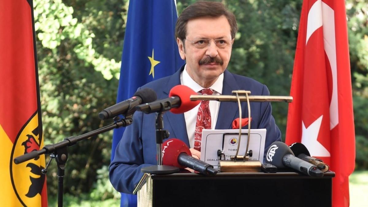 Hisarcıklıoğlu'na Almanya Federal Cumhuriyeti Devlet Nişanı verildi