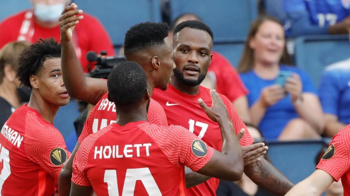 Cyle Larin, Kanada'nın Haiti'yi 4-1 yendiği maçta 2 gol birden attı