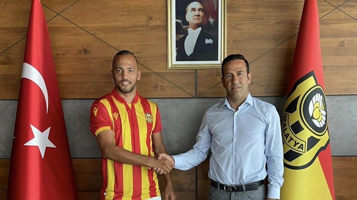 Yeni Malatyaspor, sağ bek Mert Örnek ile 3 yıllık sözleşme imzaladı