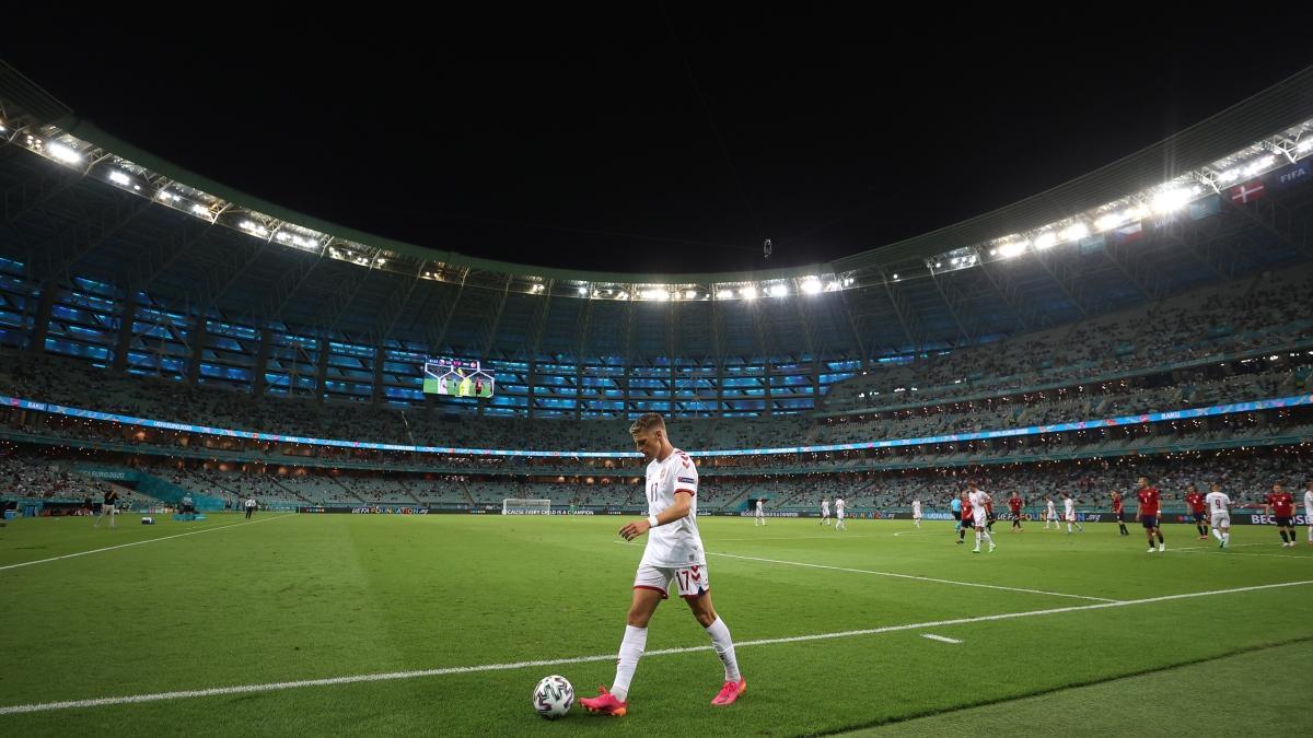 Son dakika Galatasaray haberleri... İtalyanlar duyurdu: Galatasaray, Jens Stryger Larsen transferini bitirdi