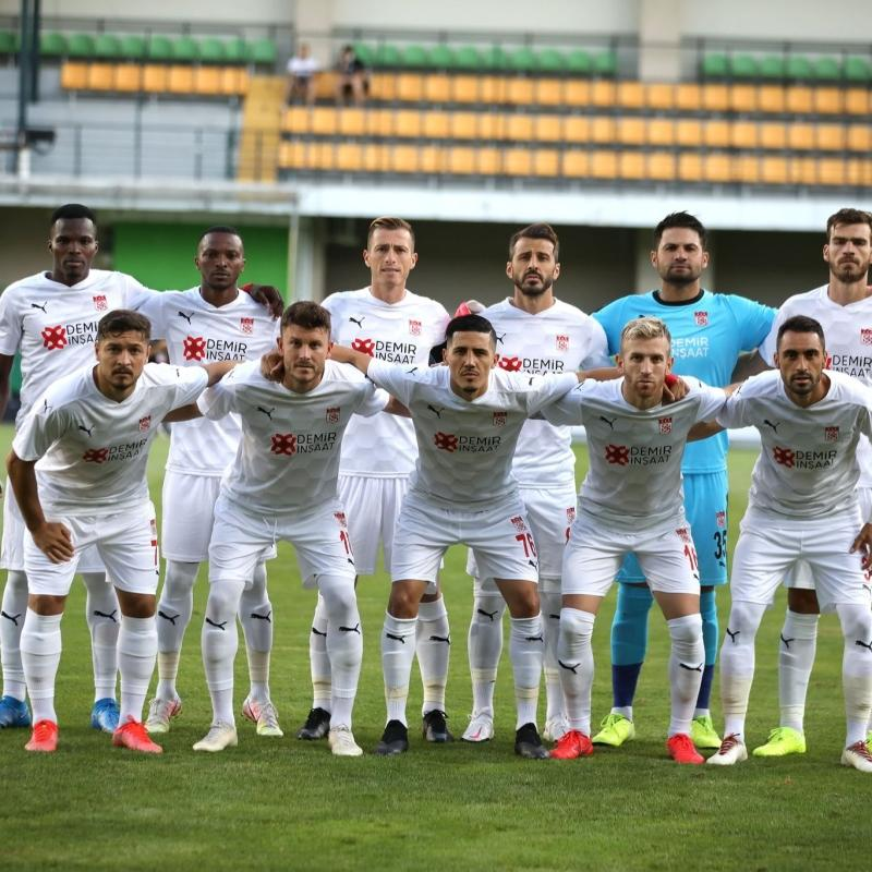 Petrocub 0-1 Sivasspor   CANLI