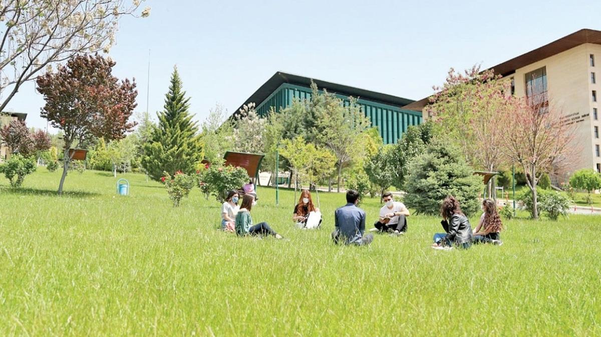 Hasan Kalyoncu Üniversitesi'ne öğrencilerden tam not