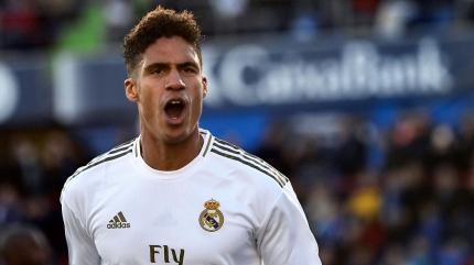 Premier Lig devleri Varane'ın peşinde! Real Madrid'in istediği rakam...