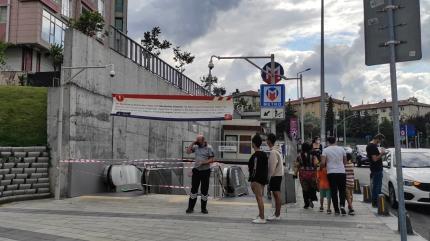 Mecidiyeköy-Mahmutbey metrosunda yangın! Seferler durduruldu