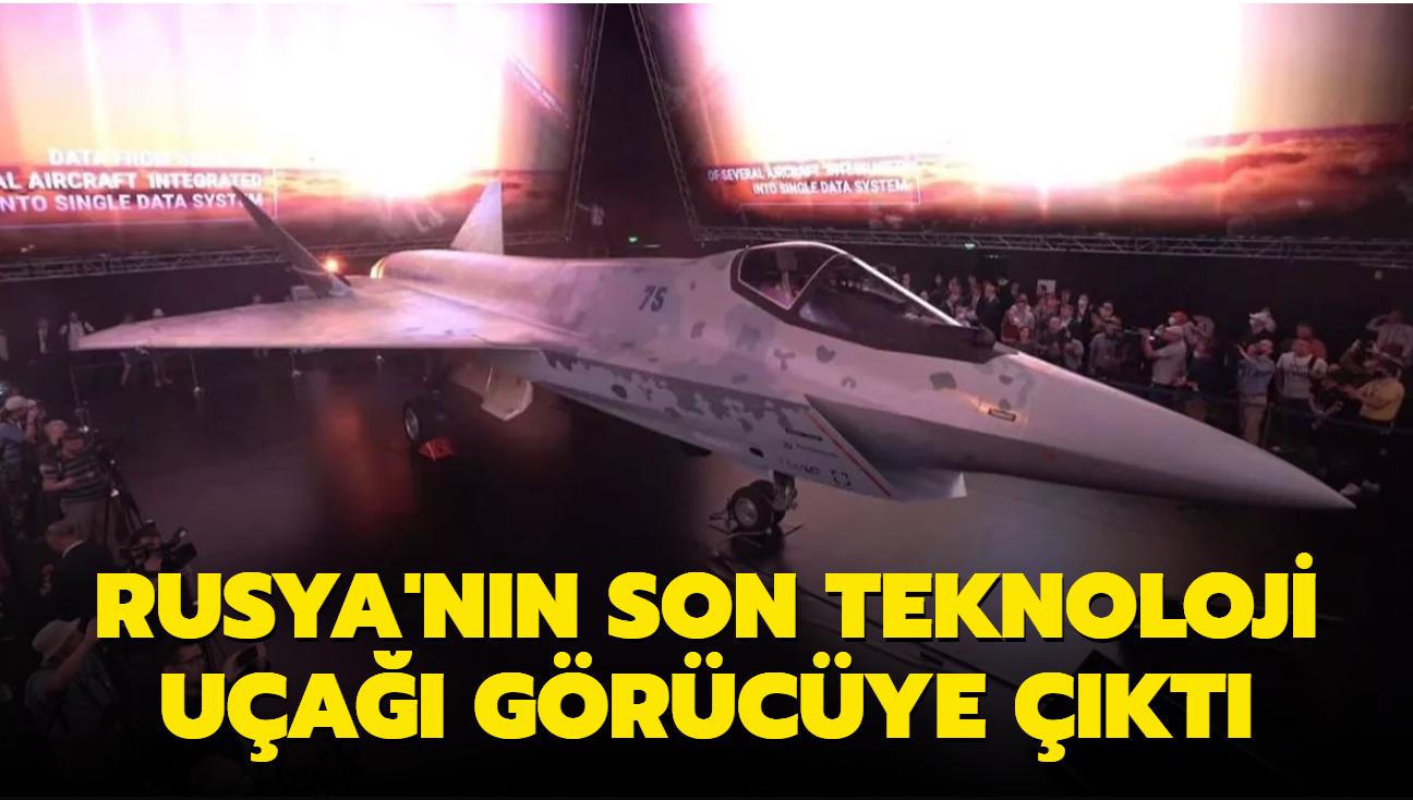 Rusya'nın son teknoloji uçağı görücüye çıktı: Checkmate