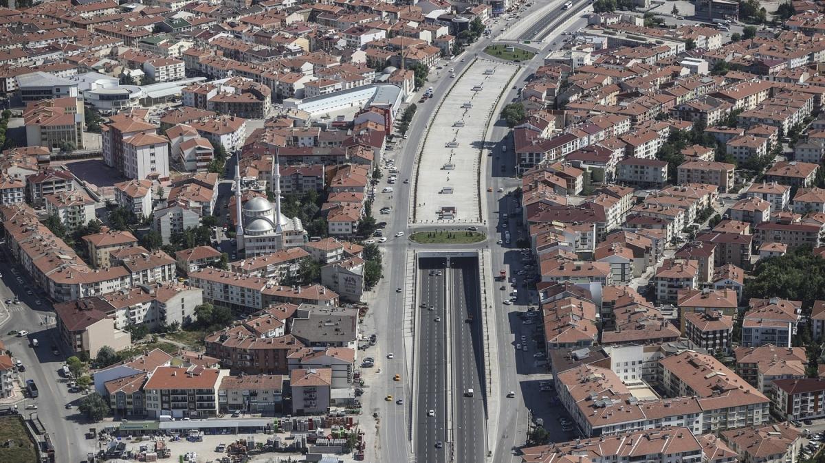 Ankara'da bayram tatili sonrası dönüş trafiği havadan ve karadan denetlendi