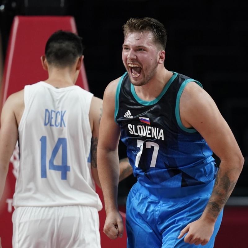 Slovenya, Luka Doncic'in tarihi performansıyla Arjantin'i devirdi