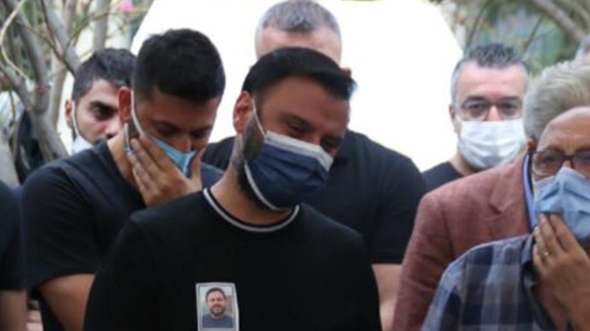 Şarkıcı Alişan'ın kuzeni Ozan Tektaş beyin kanamasından vefat etti