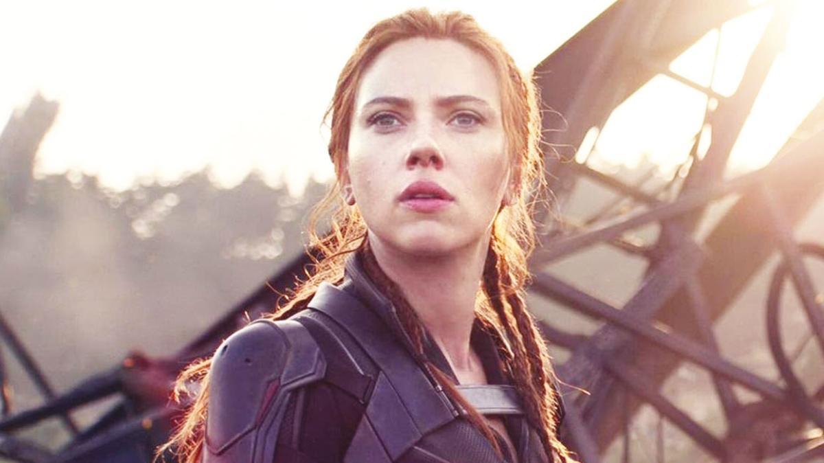 Scarlett Johansson'dan Disney'e 'Kara Dul' davası