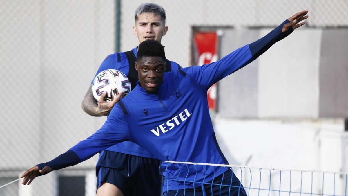Son dakika Trabzonspor haberleri... Ekuban gidiyor: Genoa ile anlaşma tamam