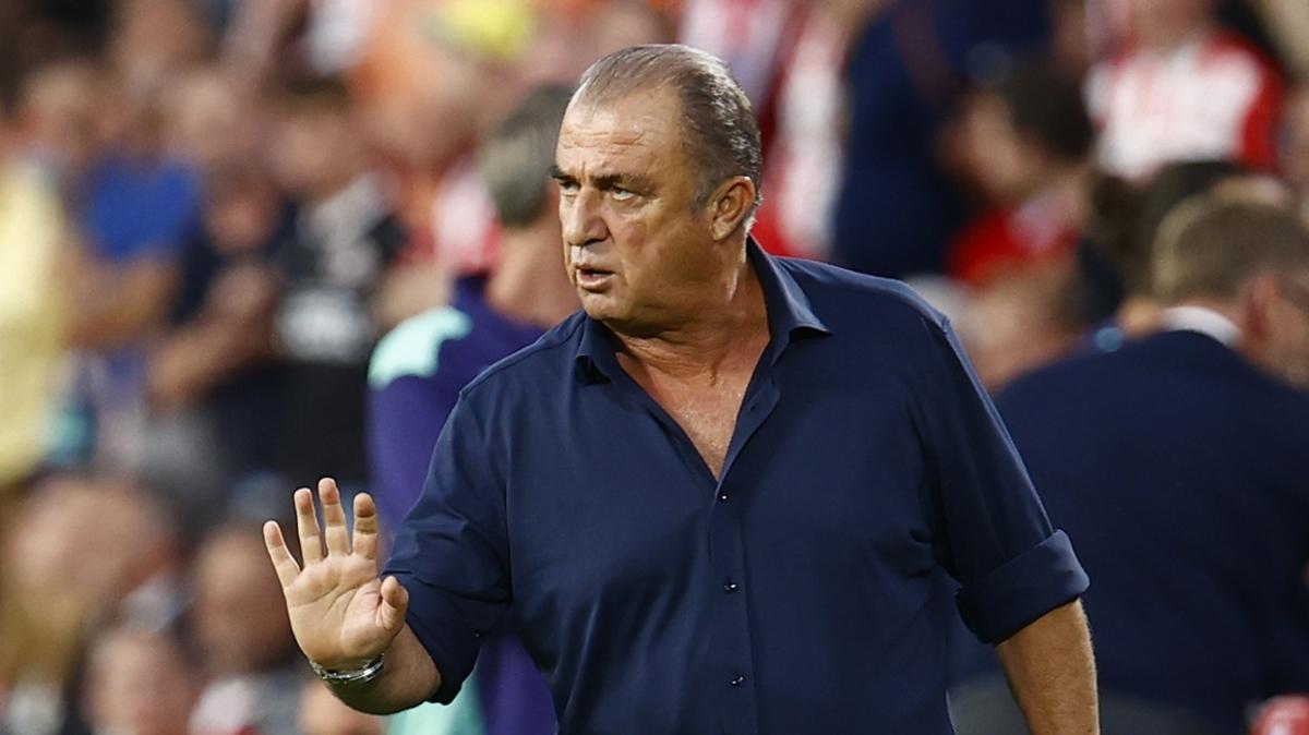 Galatasaray stoper transferi için alternatiflerini belirledi