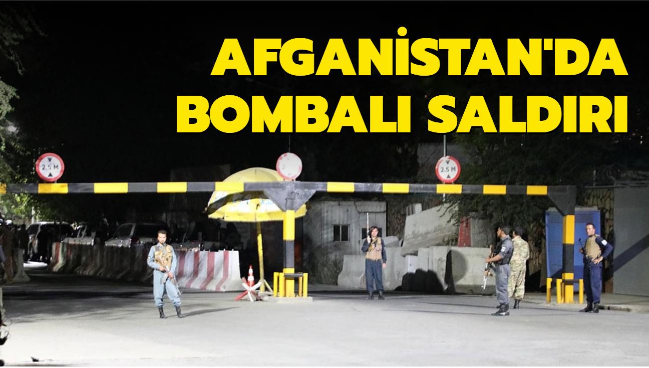 Afganistan Savunma Bakanı'nın Kabil'deki evinin önünde bombalı saldırı