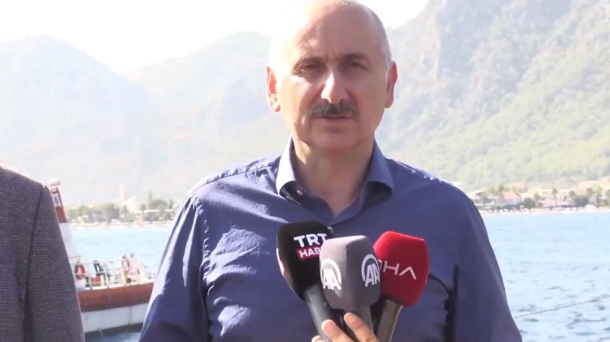 """Bakan Karaismailoğlu """"Nene Hatun"""" gemisinde açıklamalarda bulundu"""