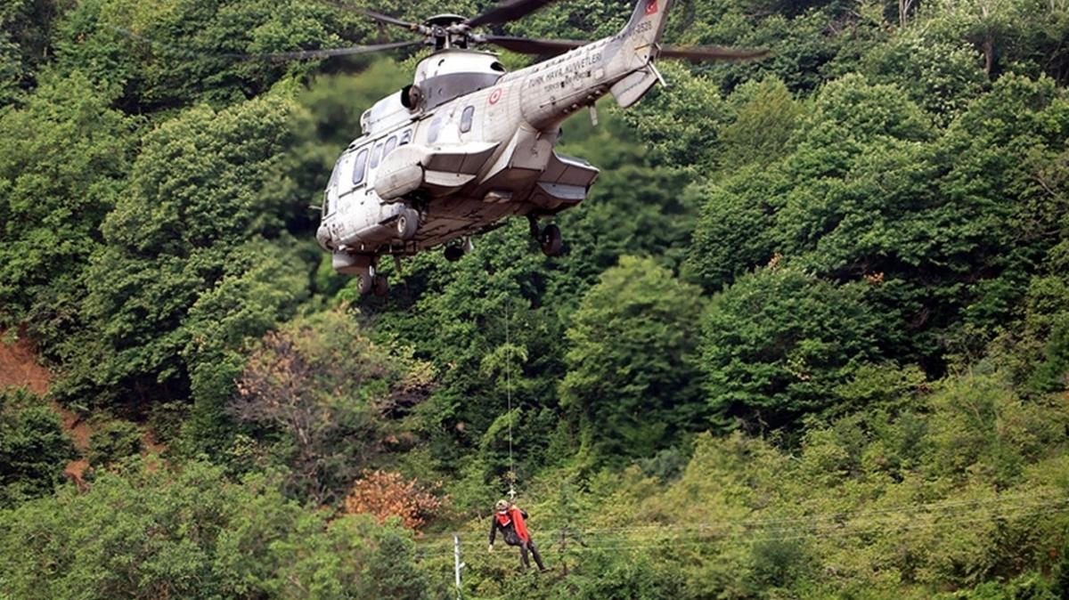 Bozkurt ve Abana'da sel felaketi: TSK helikopterleri yardım için havalandı