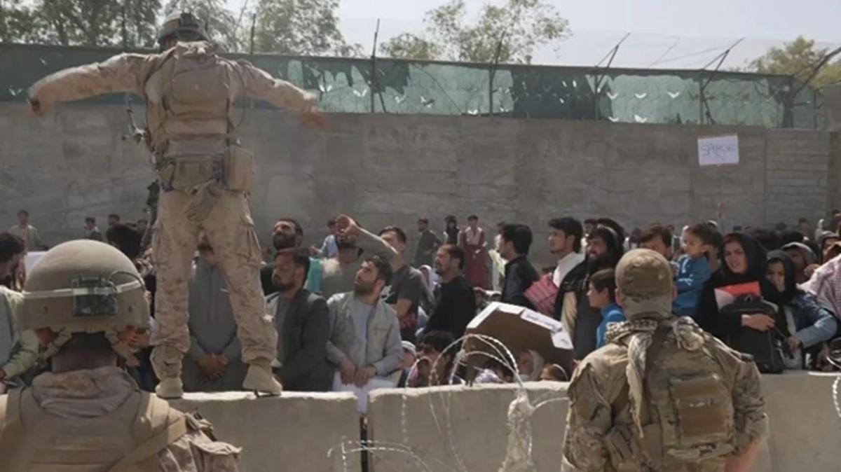İngiltere: Kabil Havalimanı'ndaki kaosta 7 Afgan öldü