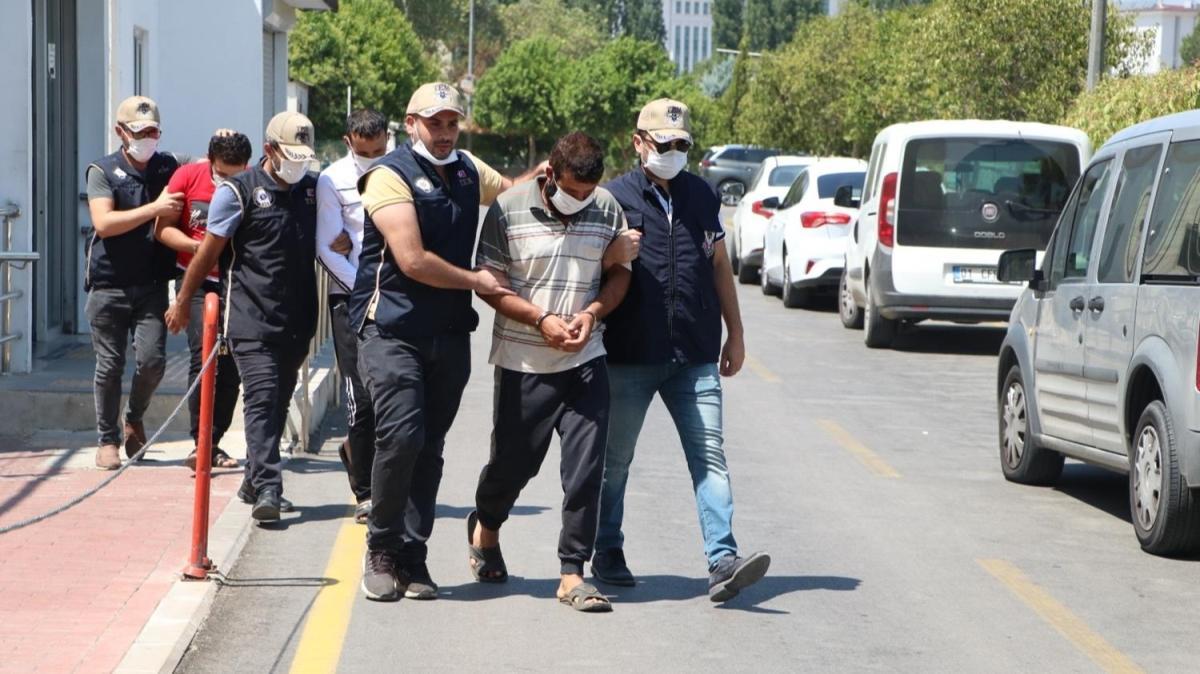 Terör faaliyeti fotoğrafları, canlı bomba yeleği dokümanı... DAEŞ'li 4 terörist tutuklandı
