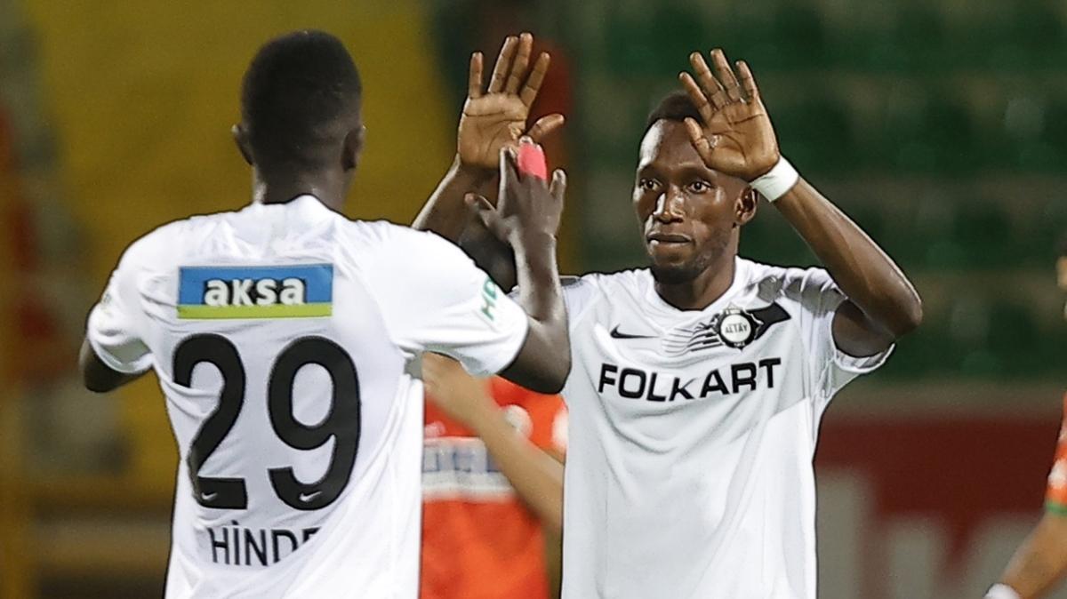 Altay, Fenerbahçe maçı öncesi yabancılarına güveniyor