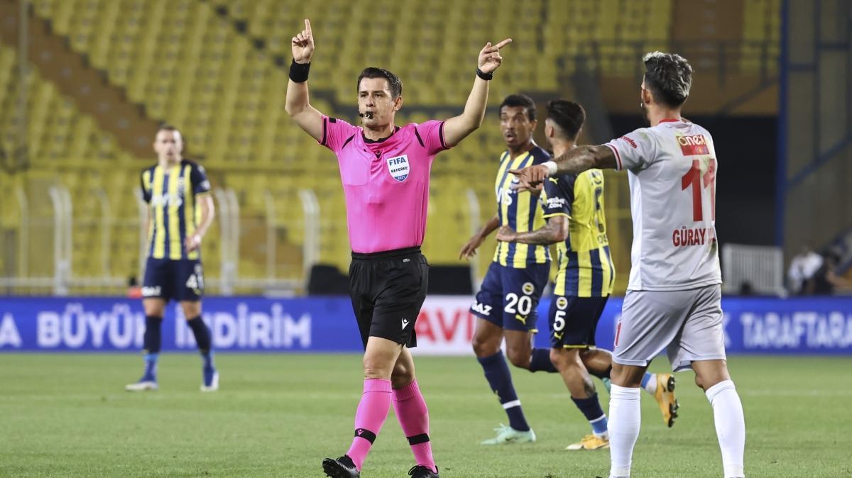 Antalyaspor'da hakeme tepki Tüm Türkiye gördü 4 kişi görmedi