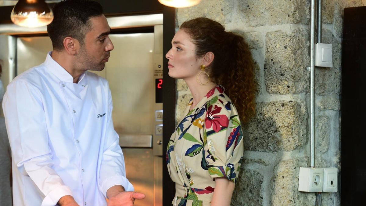 Aşkın Tarifi 11. bölüm kesintisiz izle! Kanal D Aşkın Tarifi son bölüm tek parça full izle!