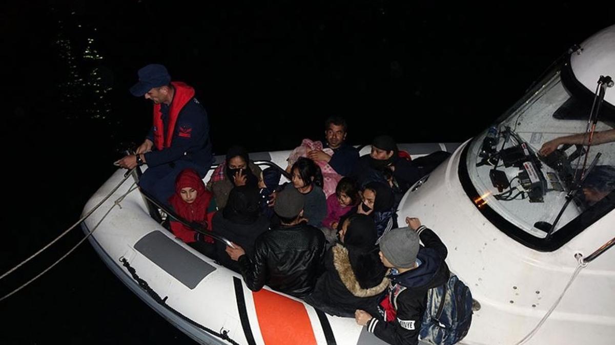 Yunanistan'ın insanlık dışı uygulamaları devam ediyor... Türk kara sularına itilen sığınmacılar kurtarıldı