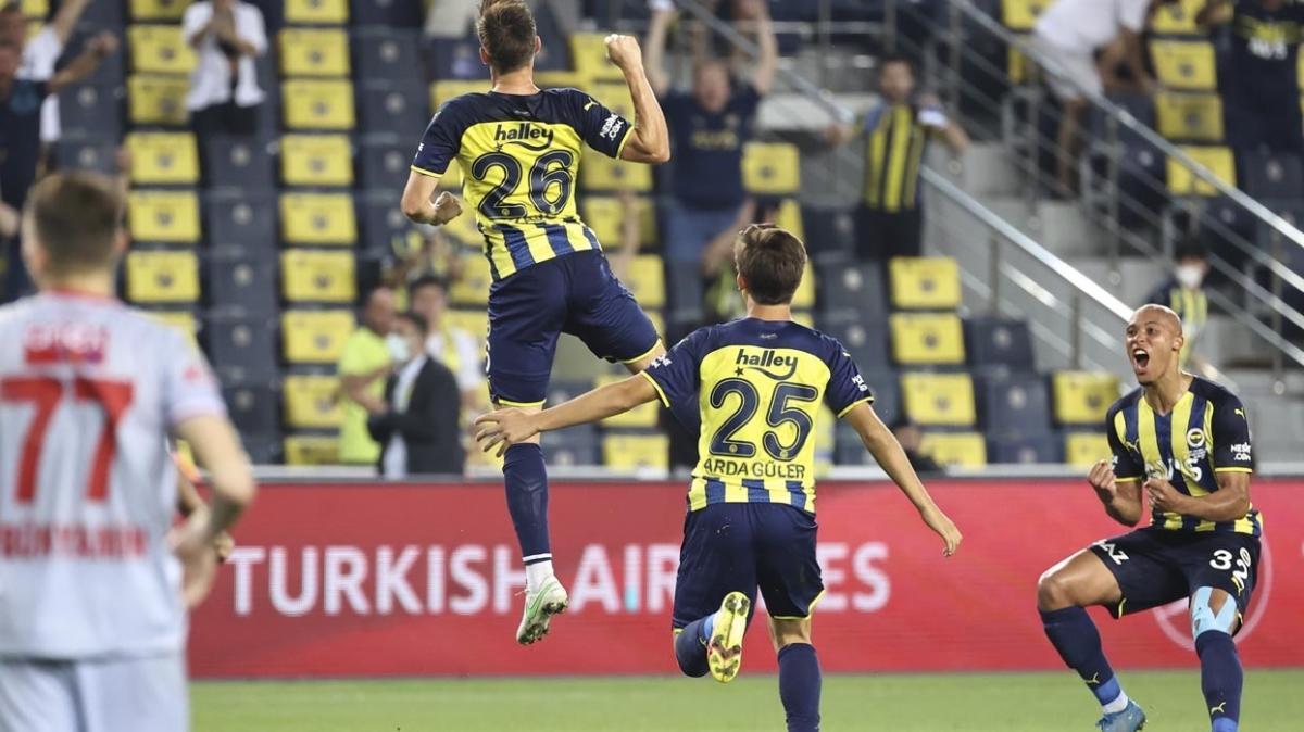 Fenerbahçe 1 haftada 3 galibiyet aldı