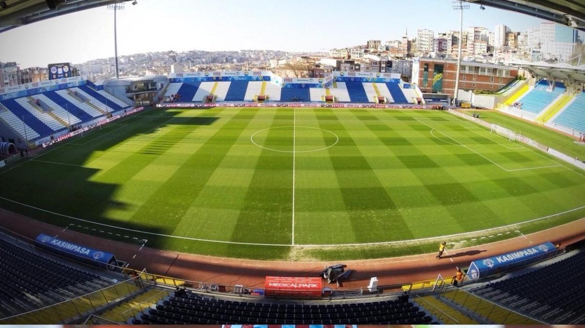 Galatasaray Avrupa maçına Kasımpaşa'da çıkacak