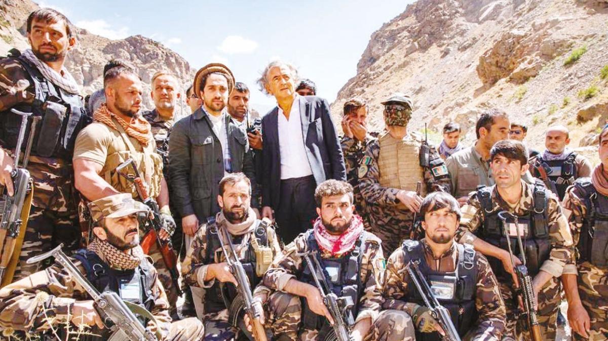 Taliban 300 kayıp verdi, direnişçiler Pencşir'e hakim