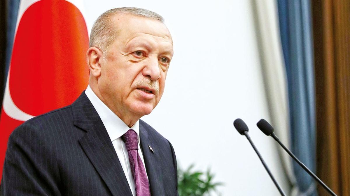 Başkan Erdoğan: Zor günlerde milletimize heyecan yaşattınız