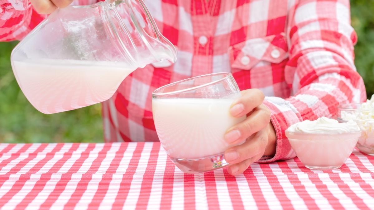Elektrolit kaybına karşı süt ve ayran tüketin