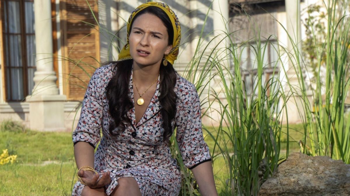 Selin Yeninci iki ayrı projede rol aldı