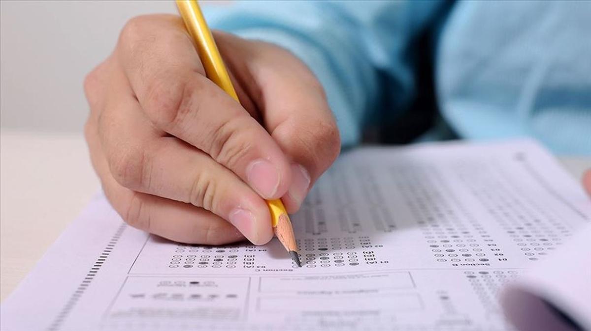 """2021 AÖF yaz okulu sınavı yüz yüze ne zaman yapılacak"""" AÖF yaz okulu sınav giriş belgesi nasıl sorgulanır"""""""