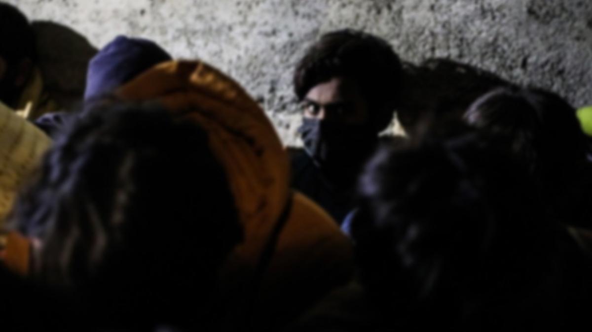 Otele kaçak göçmen baskını: Hepsi yakalandı